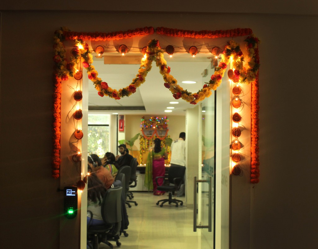 And we kept decorating , even as work went on in full flow inside the offices...