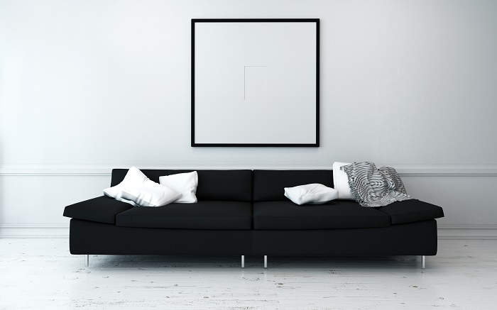 Black accents make the minimalist trend even hotter