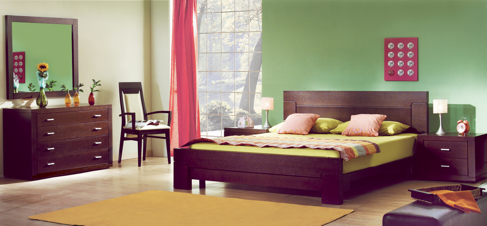 bedroom-designing-tips-wooden-furnture