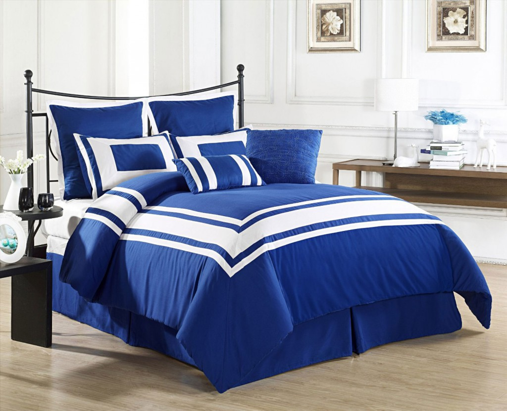 royal blue and white bedsheets